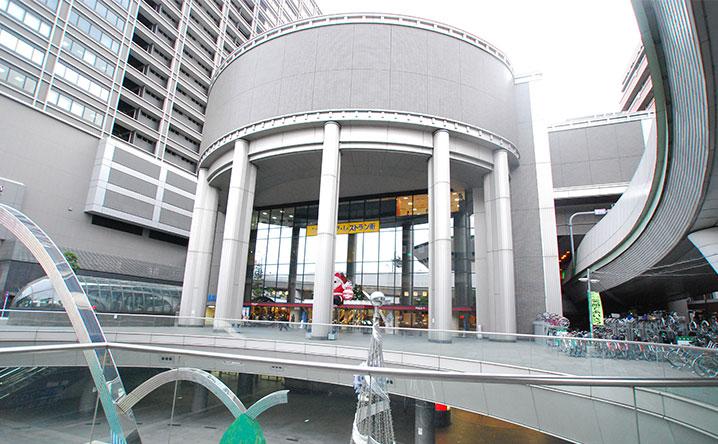 湊町バスターミナル(OCAT)