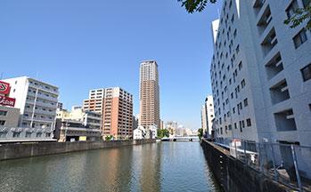 街並み(道頓堀川)