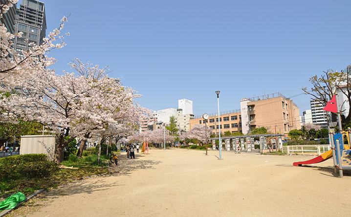 街並み8(元町中公園)