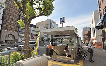 大阪市営地下鉄御堂筋線・四つ橋線「大国町駅」