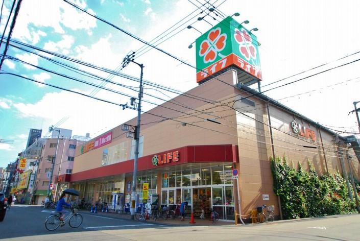ライフ大国町店