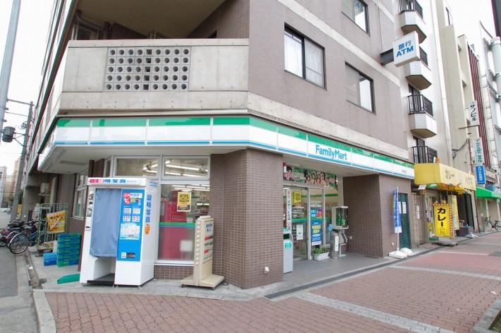 ファミリーマート戎本町店